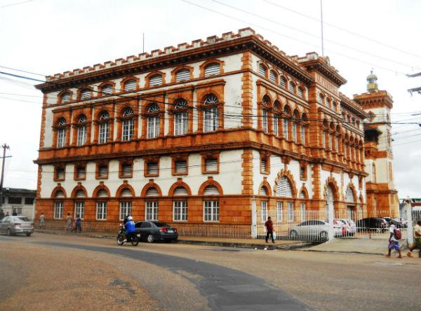 Alfândega de Manaus - Wikimedia.JPG