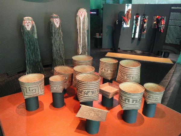 Artesanato indígena.JPG