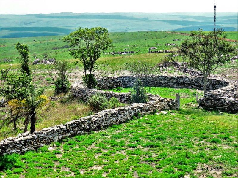 Curral de pedras na Serra da Canastra - Foto Cnheça Minas