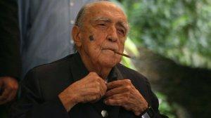 Oscar Niemeyer no  aniversário de 100 anos, foto Márcia Foletto