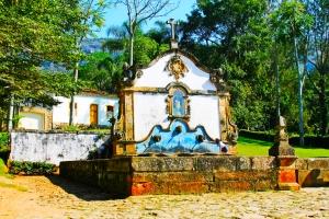 Chafariz de São José da Botas construído em 1749 que abastecia a população com água e que também foi um dos principais pontos de comercialização de escravos do país. Tiradentes