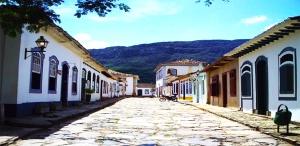 Ruas feitas de pedras, as chadas solteironas, Tiradentes, Minas Gerais, Brasil