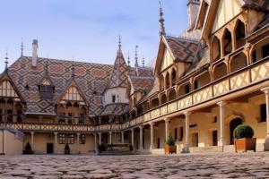 Beaune, Borgonha, o Hotel Dieu, França