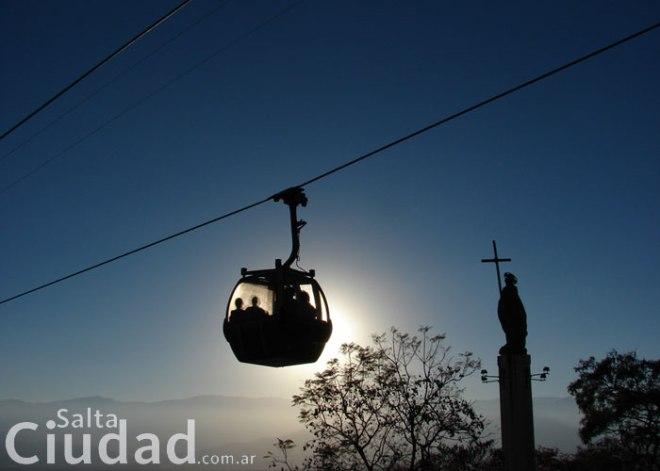 Teleférico em Salta - Cerro San Bernardo