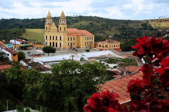 A Igreja Matriz de Areia, cidade paraibana que faz parte do patrimônio histórico brasileiro.