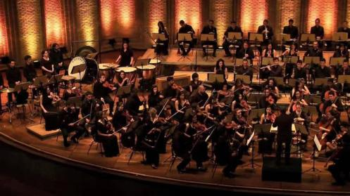 Em julho, o centro das atenções é o Festival de Música Erudita, cujo principal palco é o Auditório Claudio Santoro.