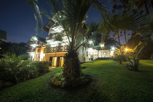 Fachada do Hotel Refúgio Monte Olimpo, em Santa Catarina