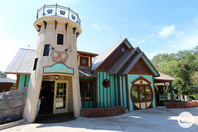 Fachada do restaurante Mama's Pretzel Kitchen, no Seaworld.