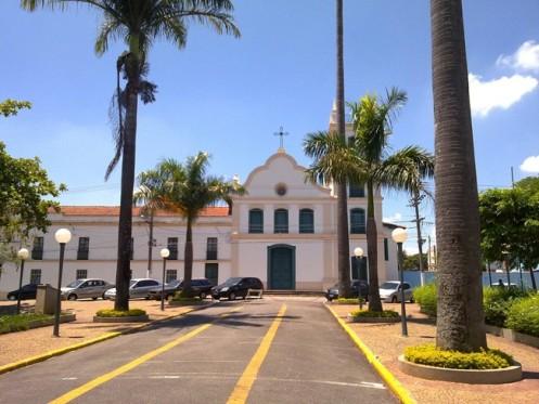 Itu tem tantas igrejas que ganhou o apelido de Roma Brasileira.