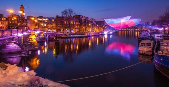Em Amsterdam o Festival de Luzes deixa a todos deslumbrados