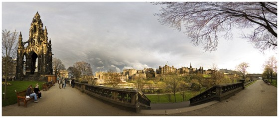 Panorama do East Princes Street Gardens, em Edimburgo
