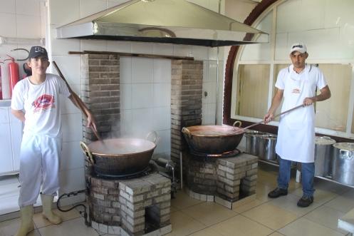 Cozinha da Empório Maria onde são feitos os doces artesanais