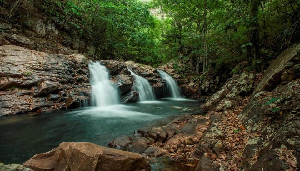 Cachoeira do Sesc Serra Azul - Foto Sílvio Vince Esgalha