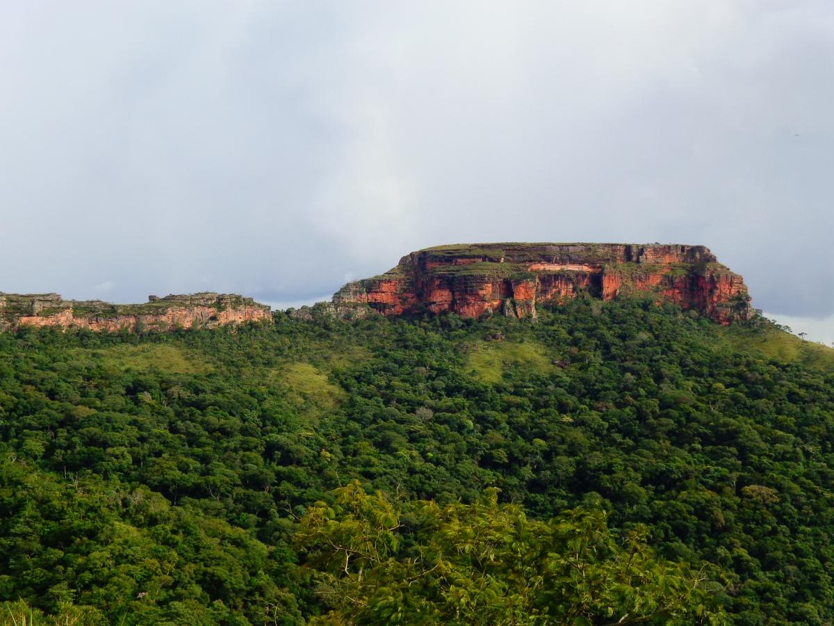 Morro de São Jerônimo - Chapada dos Guimarães Foto Commons Wikipedia