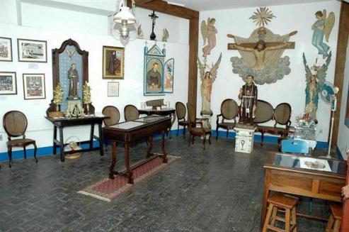 Interior da casa de Frei Galvão em Guaratinguetá (SP)