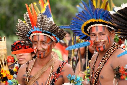 Indios da etnia Parecis da Aldeia Quatro Cachoeiras - Foto Gcom - MT.jpg