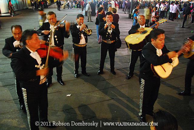 mariachis - Praça Garibaldi - Cidade do México