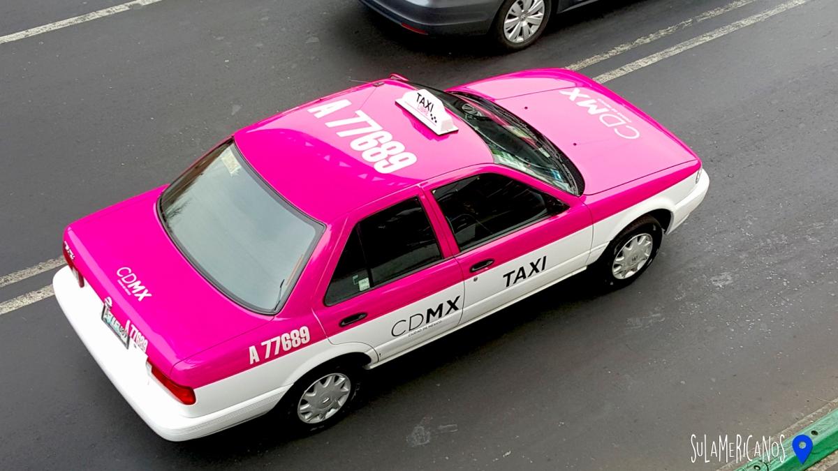Táxi rosa da Cidade do México - Foto site Sulamericanoss