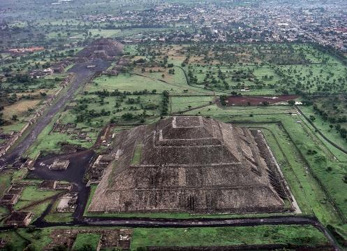 Teotihuacán - Foto Wikipedia.jpg