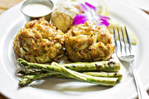 boatyard-bar-grill_crab-cake_facebook-page