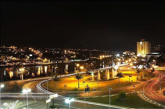 noite-em-braganca-paulista