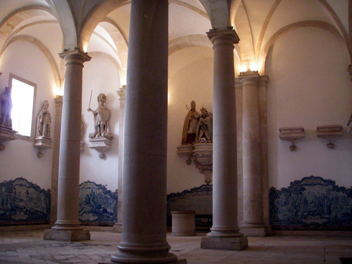 conjunto-de-paineis-de-azulejo-da-igreja-foto-wikimedia-commons