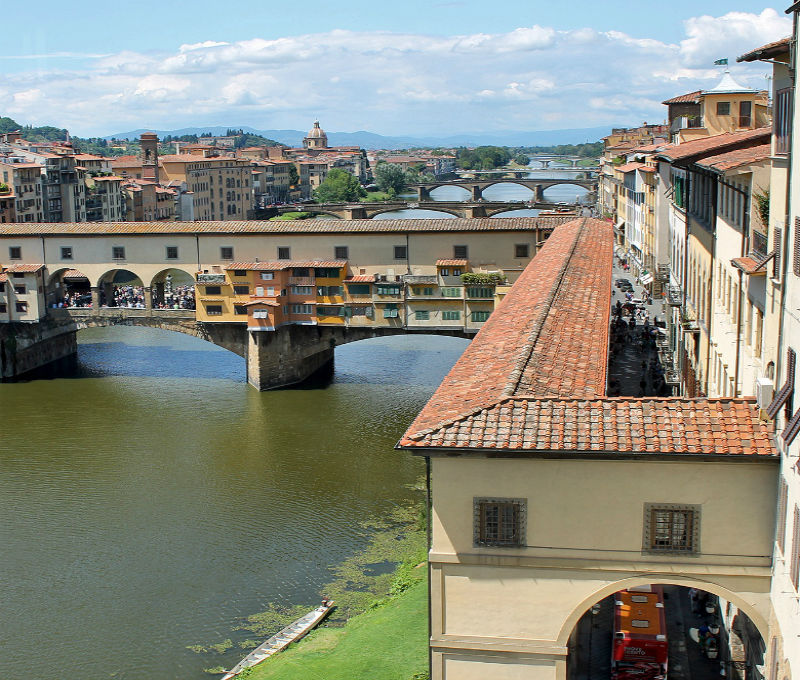 Panorâmica de Florença - Rio Arno - Foto - Site Viva Toscana.jpg