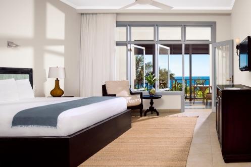 Junior-Suite-Bedroom.jpg