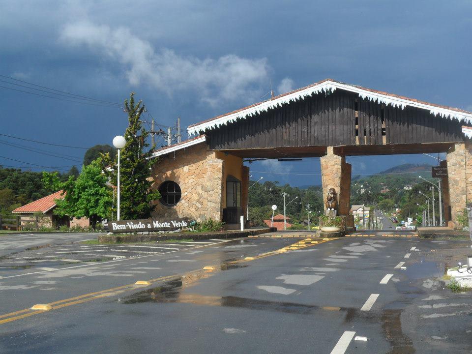 Portal de Monte Verde - Minas Gerais - Brasil - Foto Wikimedia.jpg