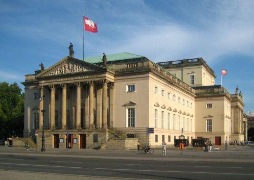 Berlim - Mitte - Staatsoper Unter den Linden.jpg