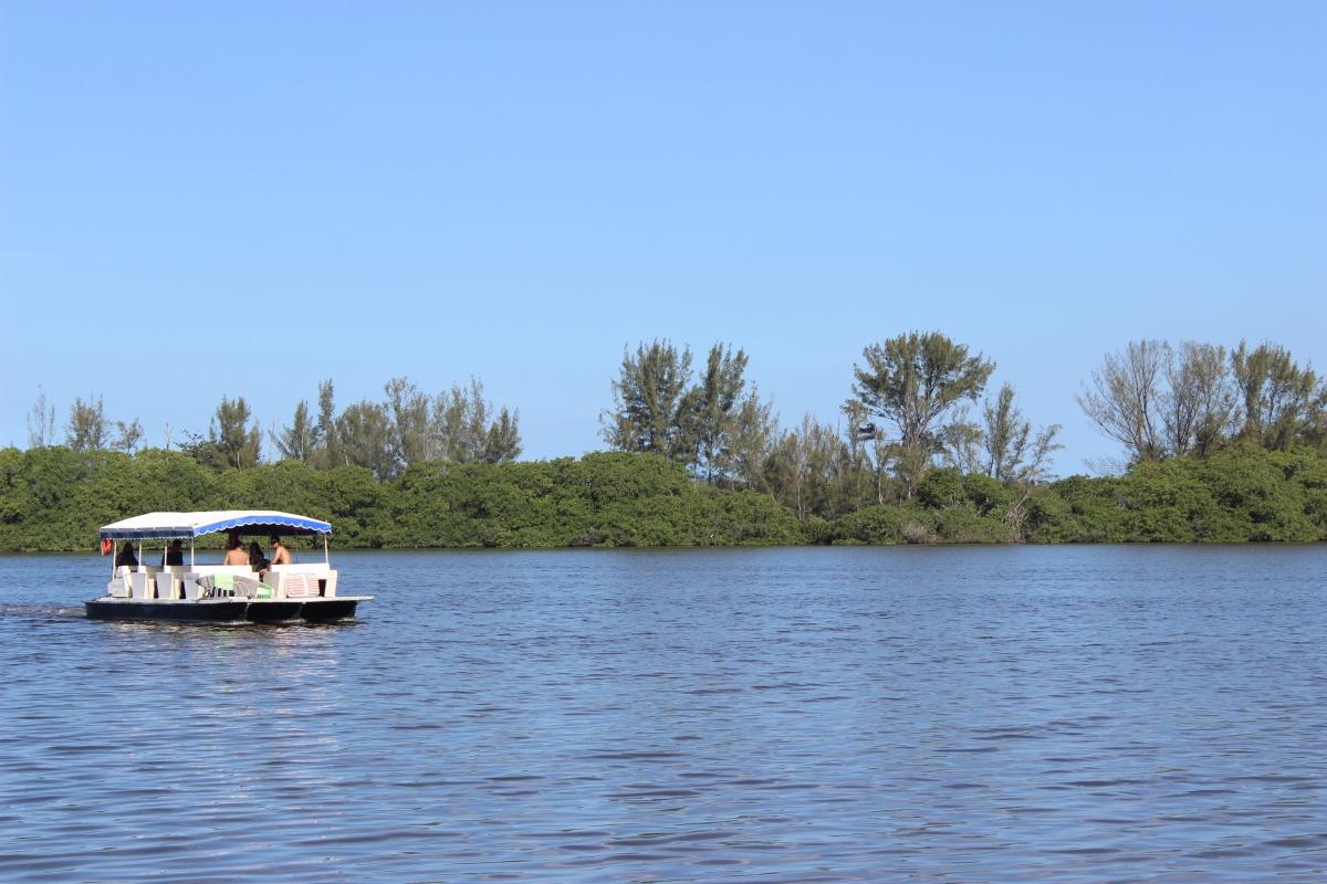 Lagoa do Marapendi.JPG - 1