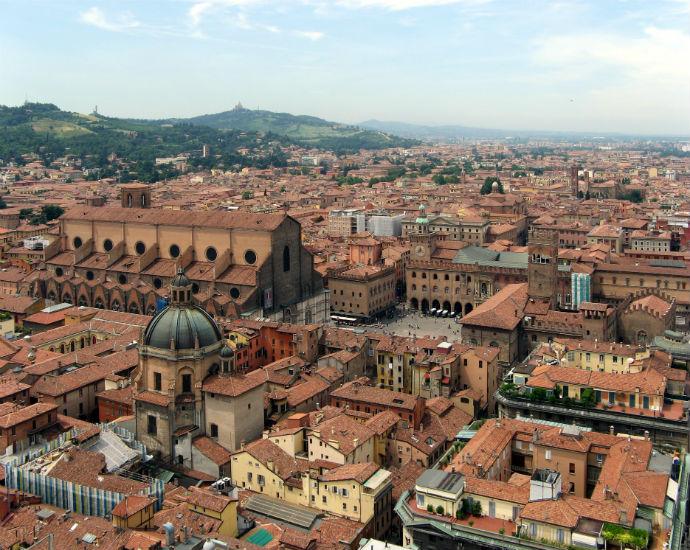 bologna-san-petronio-piazza-maggiore