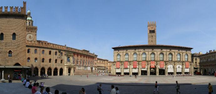 Bologna_Piazza_Maggiore_panorama
