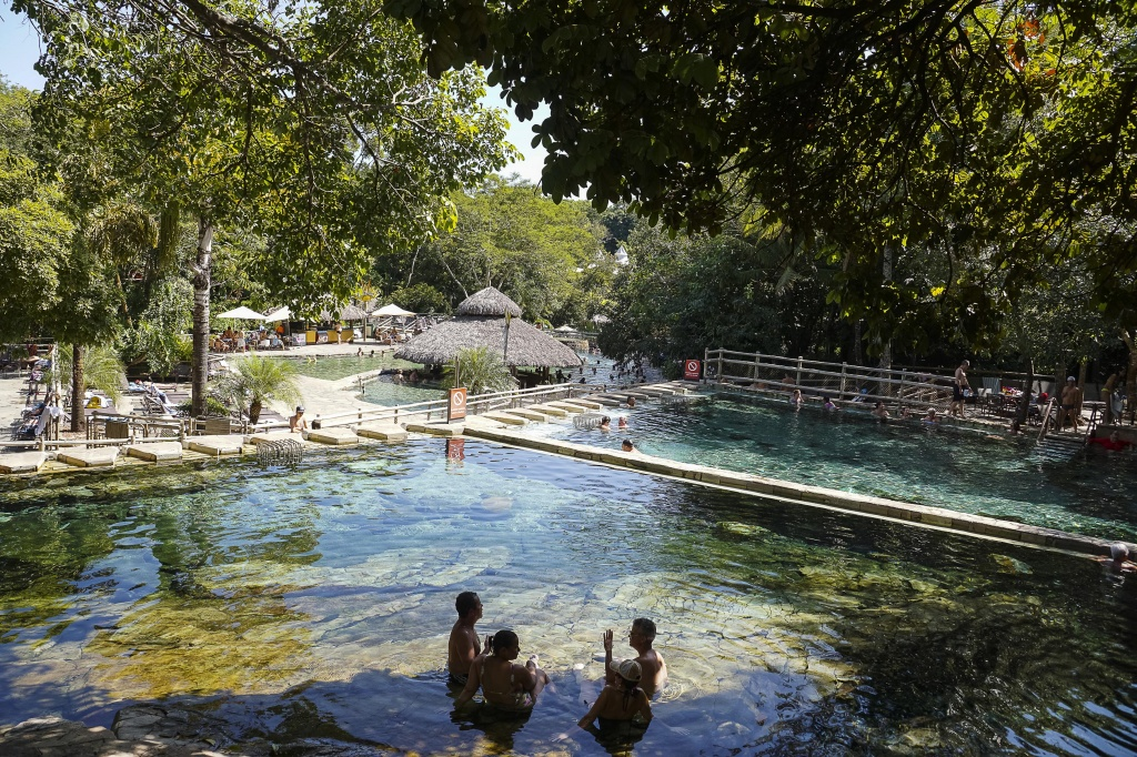 Parque das Fontes- Foto Adilson Zavarize.jpg