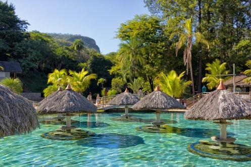 Parque das Fontes - Foto Wikimedia.jpg