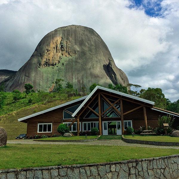 Parque_Estadual_da_Pedra_Azul.jpg