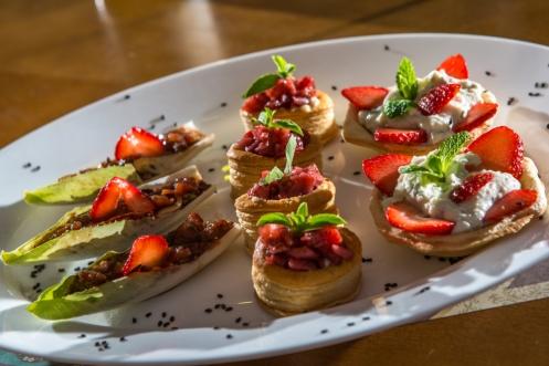 Acepipes de Morango do Seo Dito Bar e Restaurante - Atibaia (SP) - Foto Estilo Vip.jpg