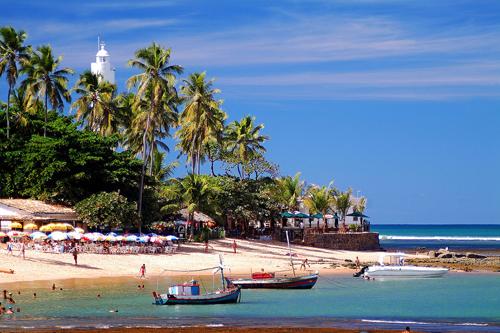 Praia do Forte, Linha Verde (Costa dos Coqueiros), Bahia. Foto Eduardo Moody.jpg