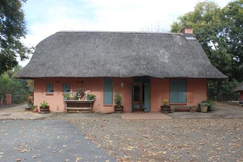 Admore - Casa construída em estilo zul.JPG