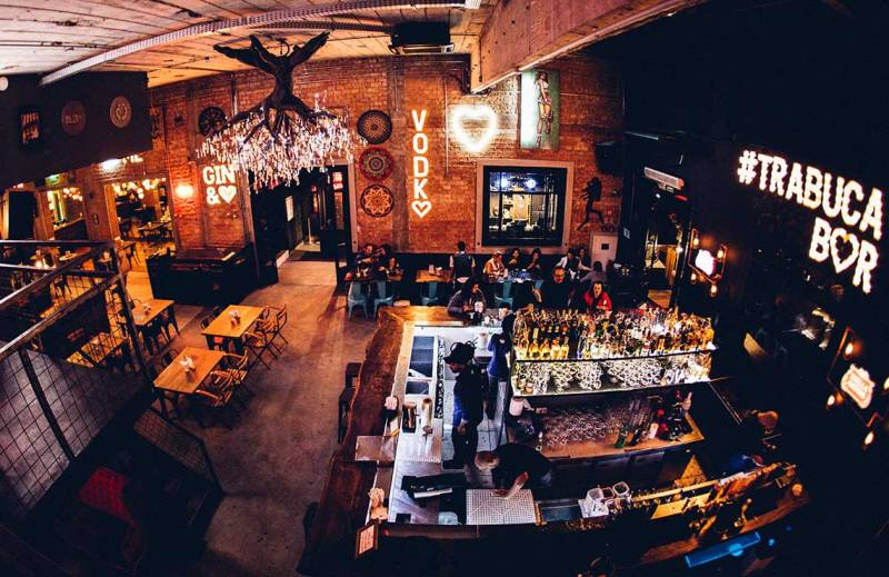 ambiente-interno-bar