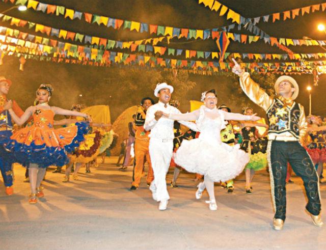 Embora sejam comemoradas nos quatro cantos do Brasil na região Nordeste as festas ganham grande expressividade Foto Hac Aviamentos