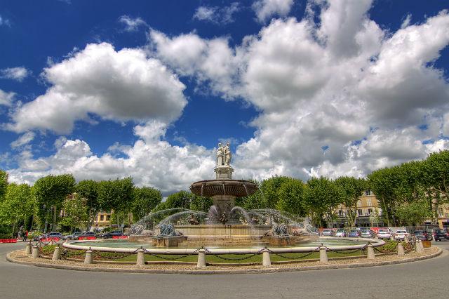 Provença - Fontaine de la Rotonde