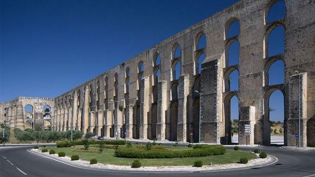 Aqueduto da Amoreira em Elvas - Visit Portugal