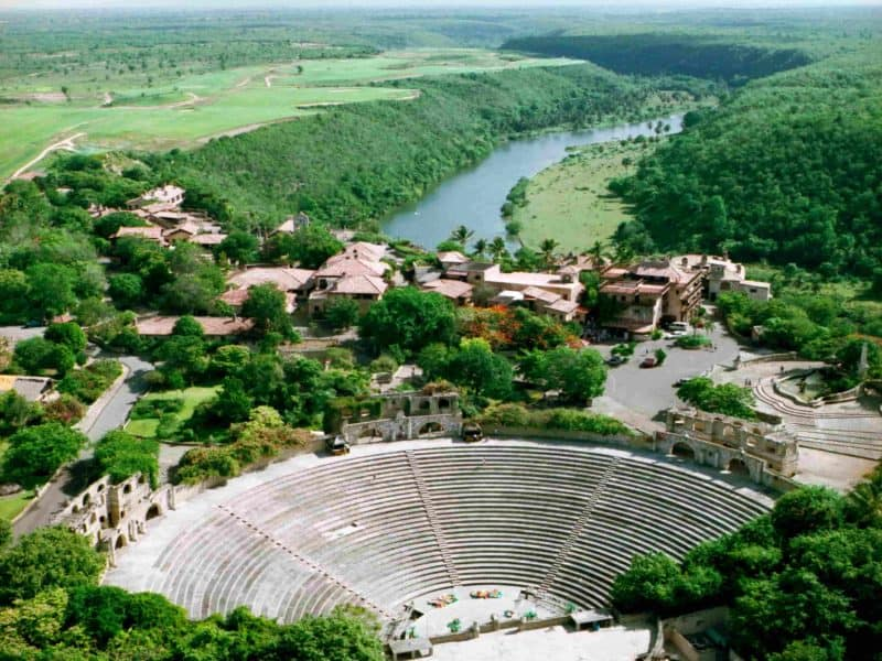 Rio Chavón e anfiteatro grego- Altos de Chavón - Divulgação (1)