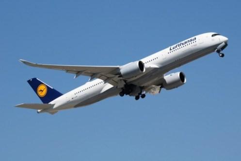 Lufthansa-iStock-Jozsef-Soos